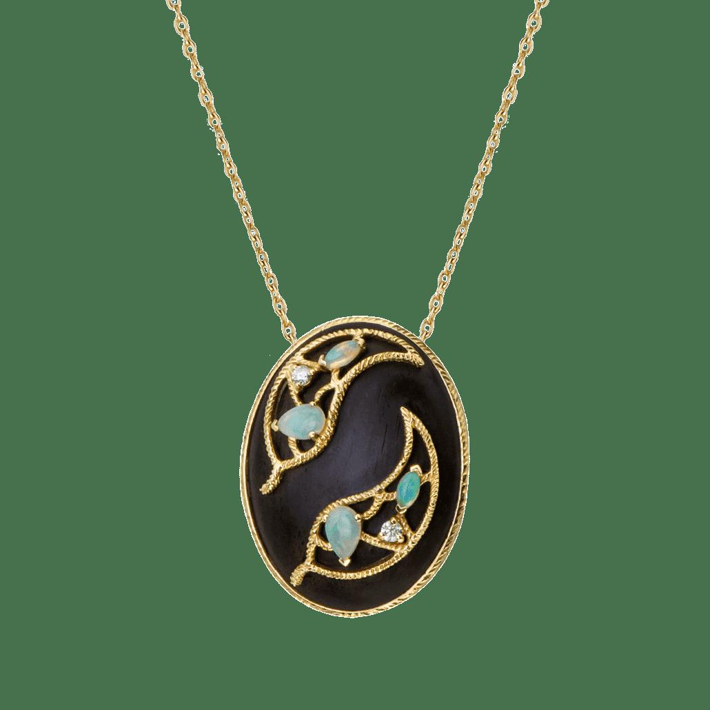Ebène collier opale