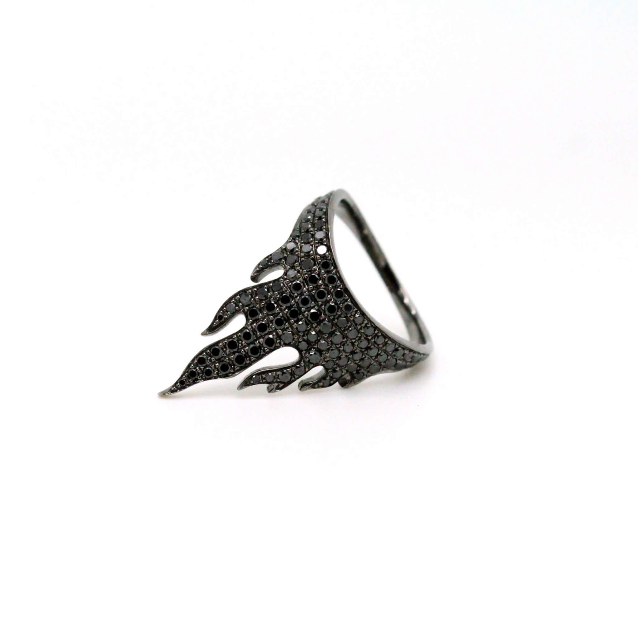 Flamme bague or noirs diamant noir